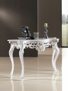 Art. 1008, Console with silver details