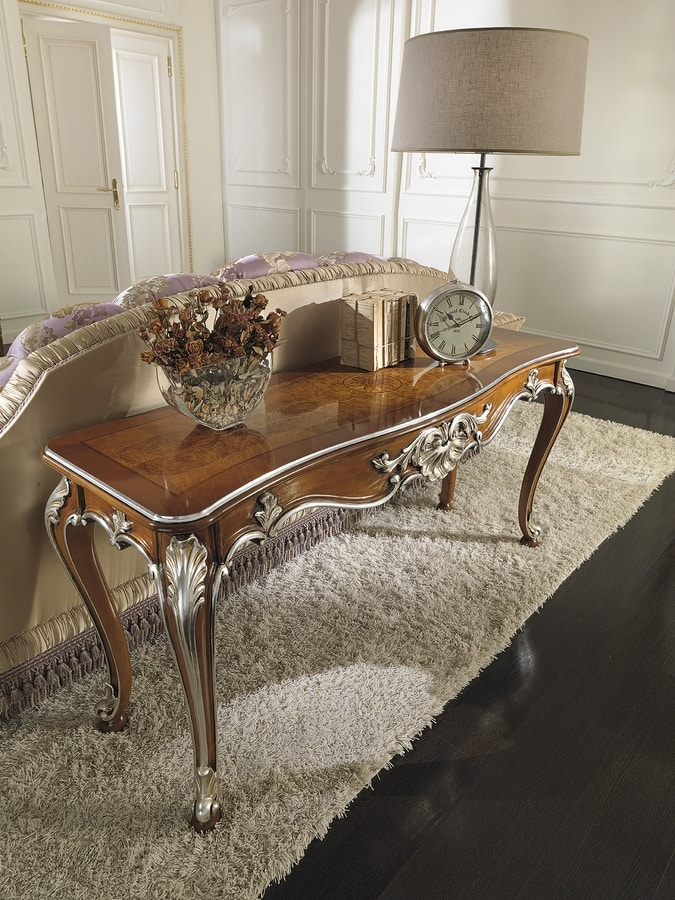 ART. 2681, Classic style console in briarwood