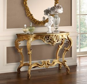 Art. 802, Luxurious carved console