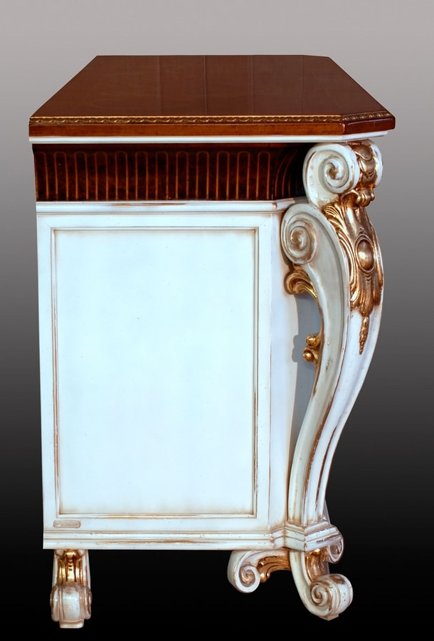 Allnatt LU.0001, Sideboard with carved legs, inlaid top, doors with mirrors from Murano, classical style