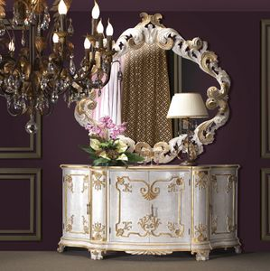 Art. 0194, Luxurious cupboard with gold finish decorations
