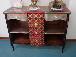 Art. 100, Classic style sideboard