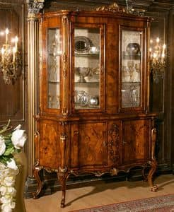Art. 1082, Sideboard in walnut with glass doors, style end of 700