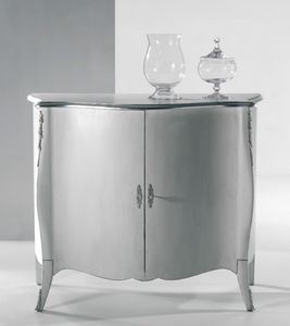 Art. 20601, Classic sideboard with silver decorations