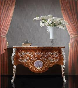 Art. 396, Sideboard of luxury wood, with 2 drawers, hand carved