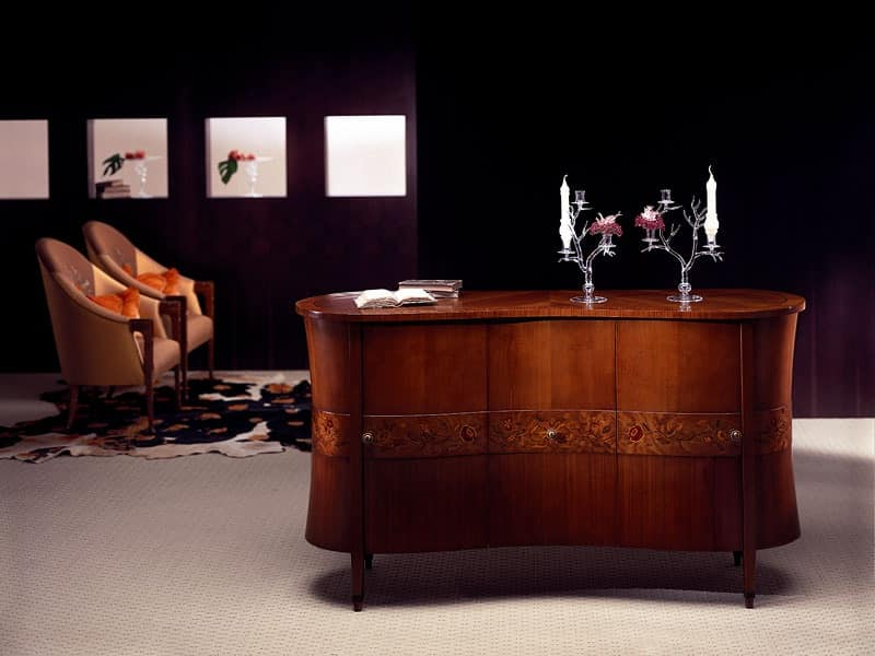 CR18 Godet sideboard, Classic sideboard in bent wood, briar decorations