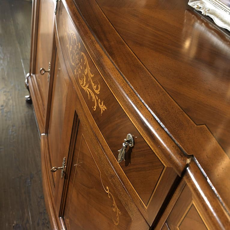 G 103, Sideboard inlaid and veneered, in walnut