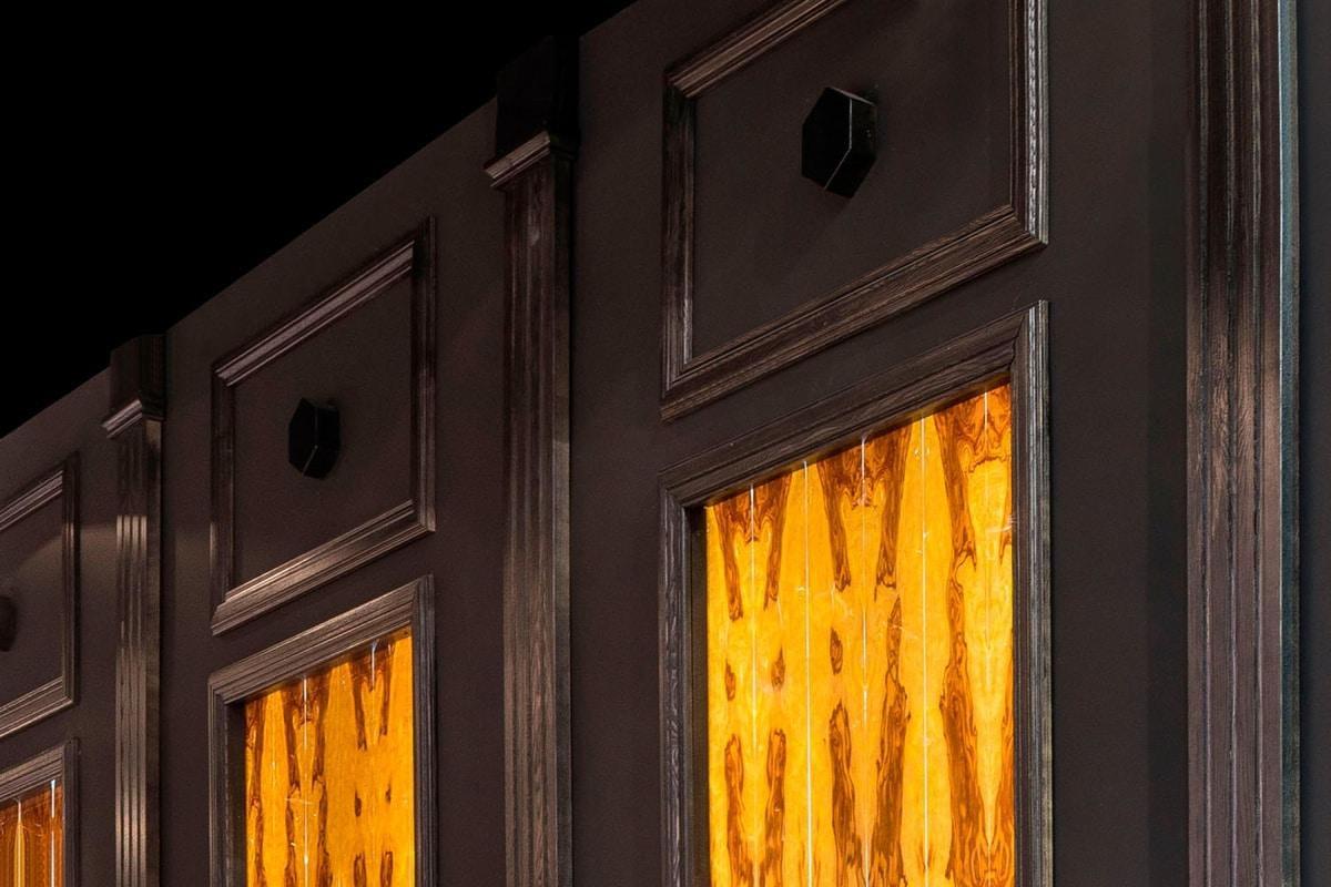 Boiserie Portofino, Backlit boiserie