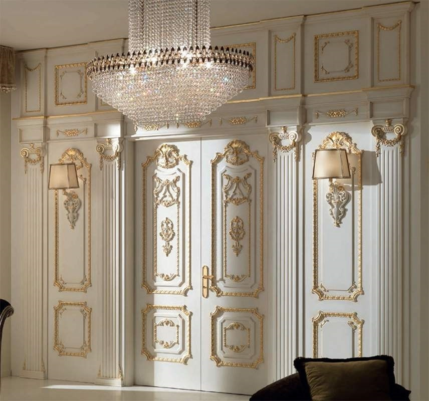 Palazzo Farnese boiserie, Classic style boiserie carved by hand