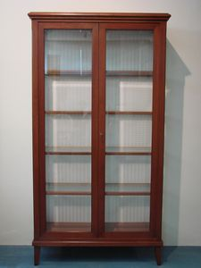 Art. 107, Cherry wood display cabinet, in classic English style