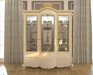 Botticelli display cabinet, Showcase in classic style