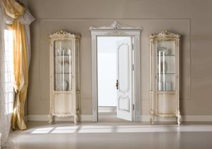 Chippendale display cabinet 1 door lacquered, Classic showcase, with small dimensions
