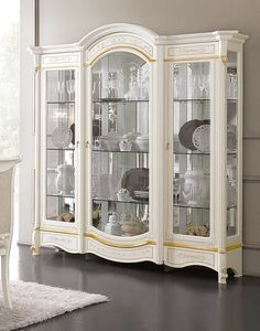 Diamante Art. 2601, Showcase with engraved front glass
