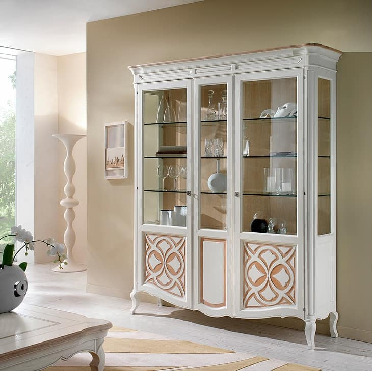 F 203 B, Classic display cabine in ash, with fixed central door