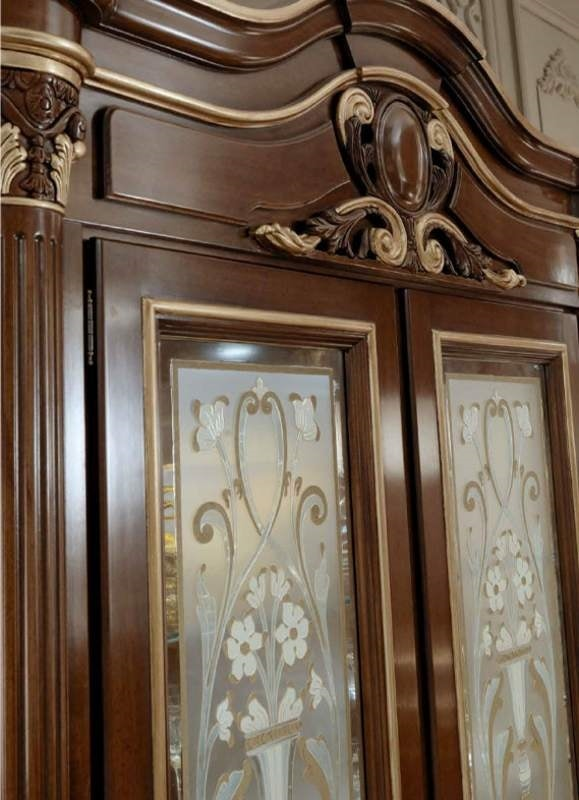Luigi XVI Art. VE01/L/140, Showcase with glass doors decorated by hand with gold effect relief