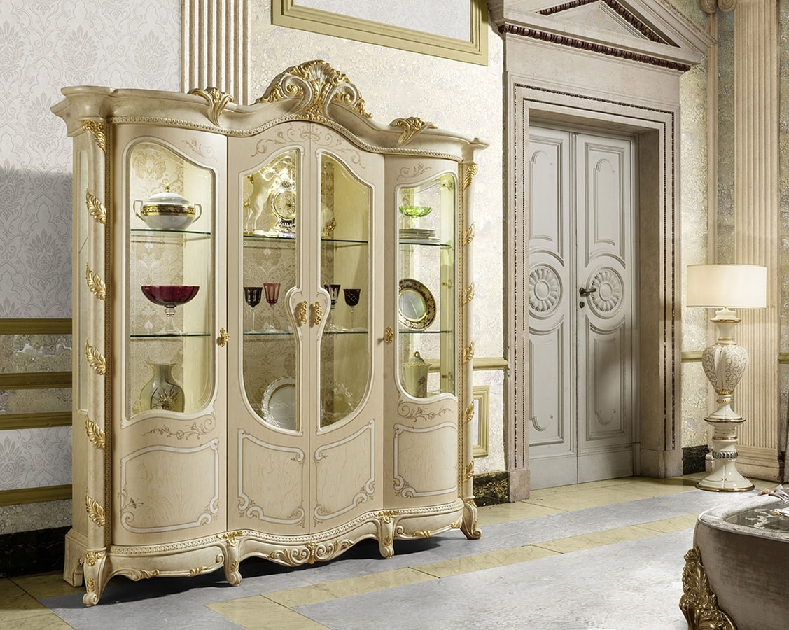 Madame Royale display cabinet, Luxury classic showcase