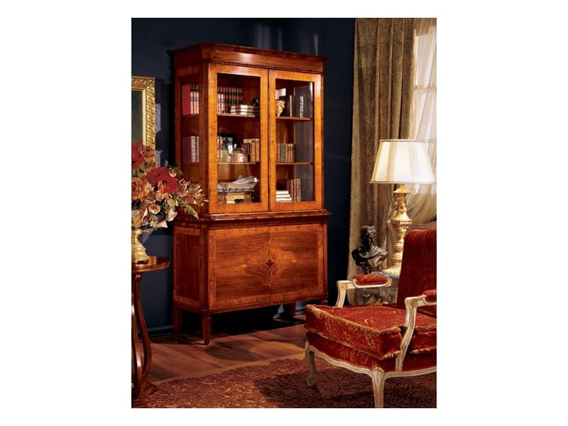 Maggiolini cabinet 744, Luxury classic display cabinet