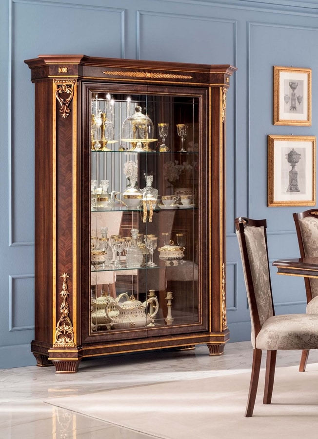 Modigliani 2 doors display cabinet, Display cabinet with 2 doors, with gold leaf friezes