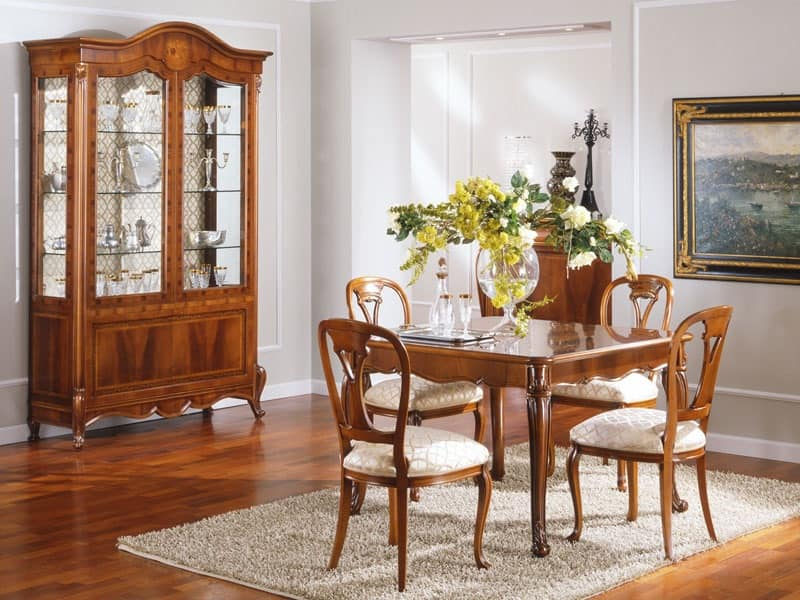 OLIMPIA B / Showcase 2 doors, Traditional display cabinet with 2 doors, in carved solid wood