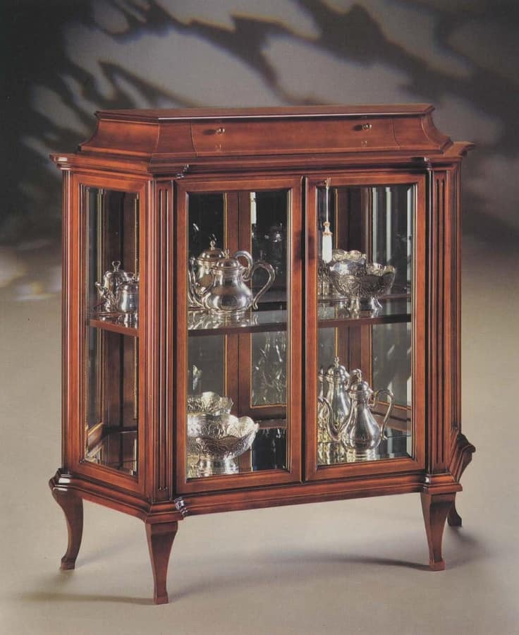 Oxford Art.513 glass-case with drawer, Glass-case with ground crystals and mirror back