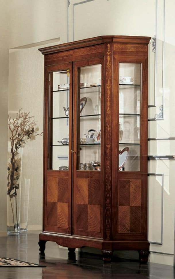 Settecento glass-case, Classic display cabinet with two doors and interior light