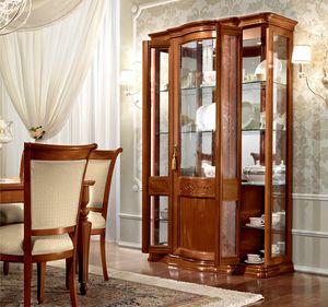 Torriani display cabinet, Showcase with a classic Italian taste