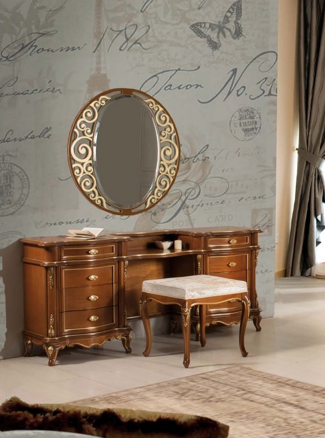 Art. 3572, Dressing table with 8 drawers