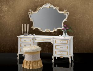 Art. 364/L, Elegant carved dressing table