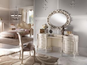 Chippendale dressing table lacquered, Classic luxury dressing table