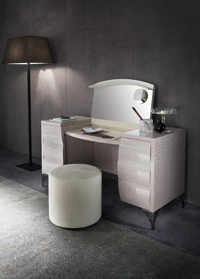 Retractable Dressing Table With Leds And Magnifying Mirror