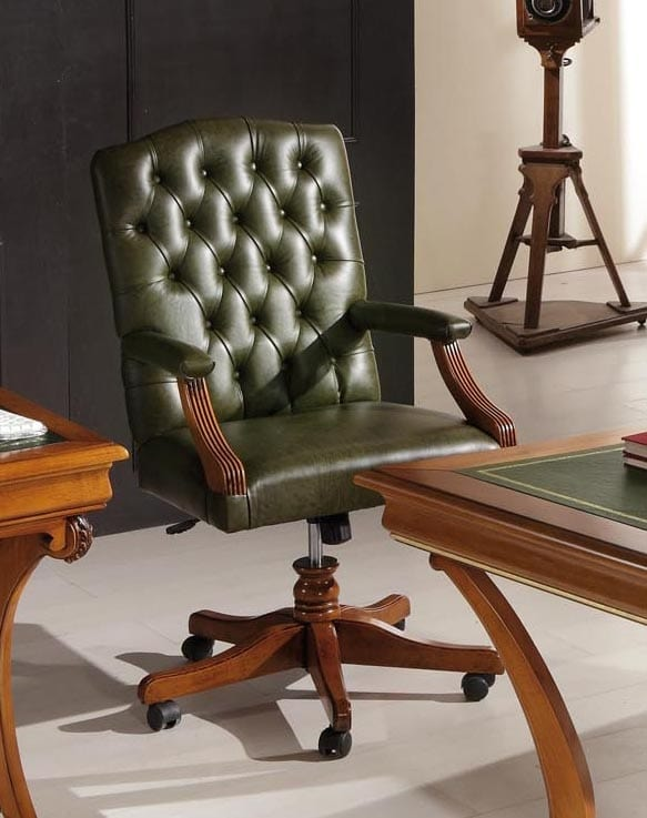 Classic office armchair in green leather | IDFdesign