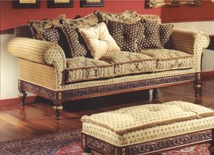 3150 sofa, Three-seater sofa for classic style sitting rooms