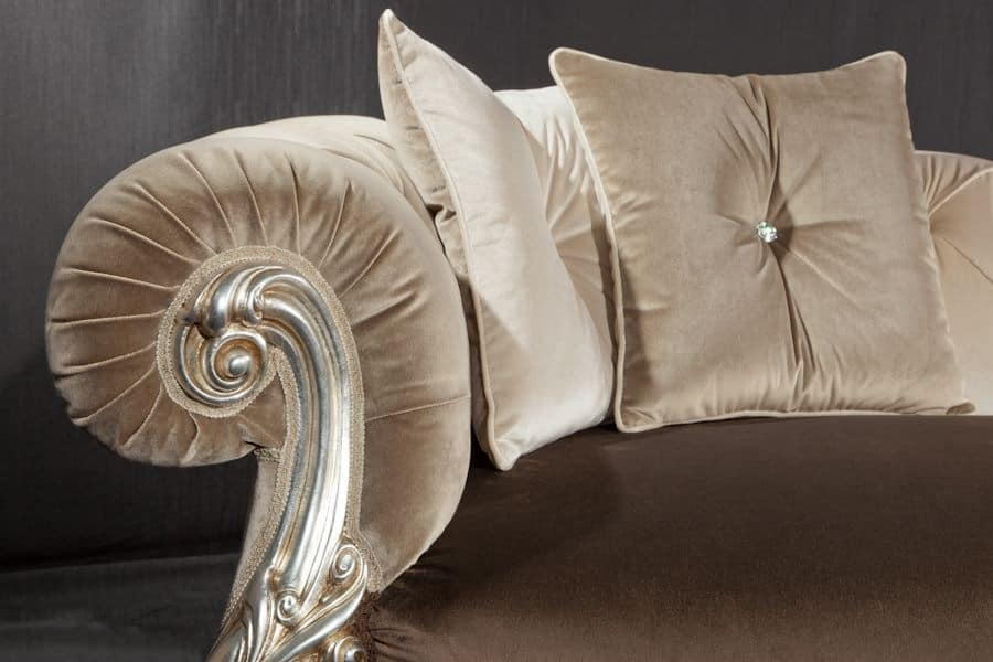 Oceano dormeuse, Baroque style daybed, with finishings in gold and silver