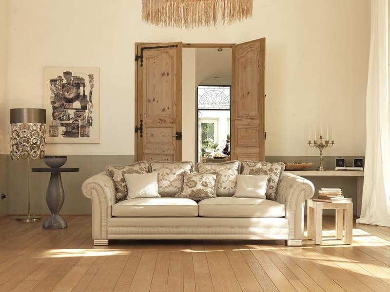 Ambassador capitonné, Classic luxury sofa, quilted padding on the armrests