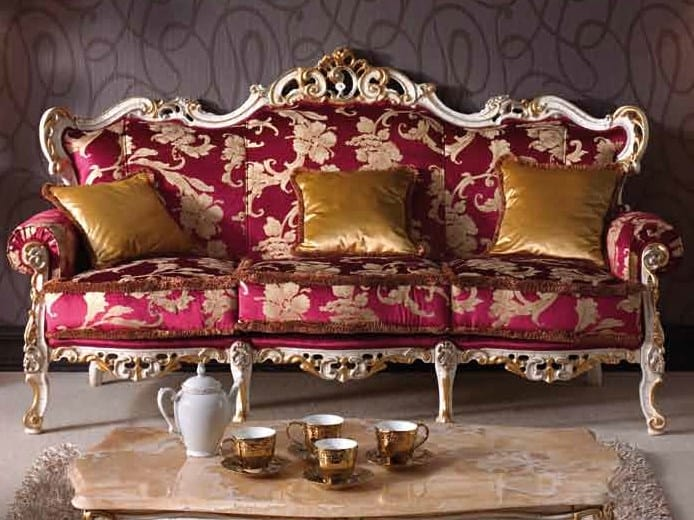 Baroque sofa, Carved Baroque sofa