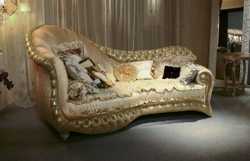 Batik, Upholstered quilted sofa, nailing manual profiles