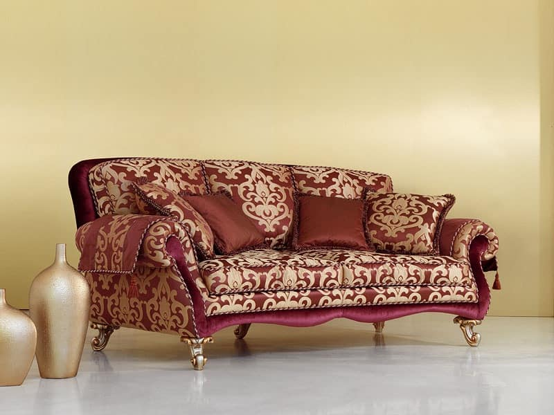 Camelia, Sofa in classic luxury style, hand-carved legs