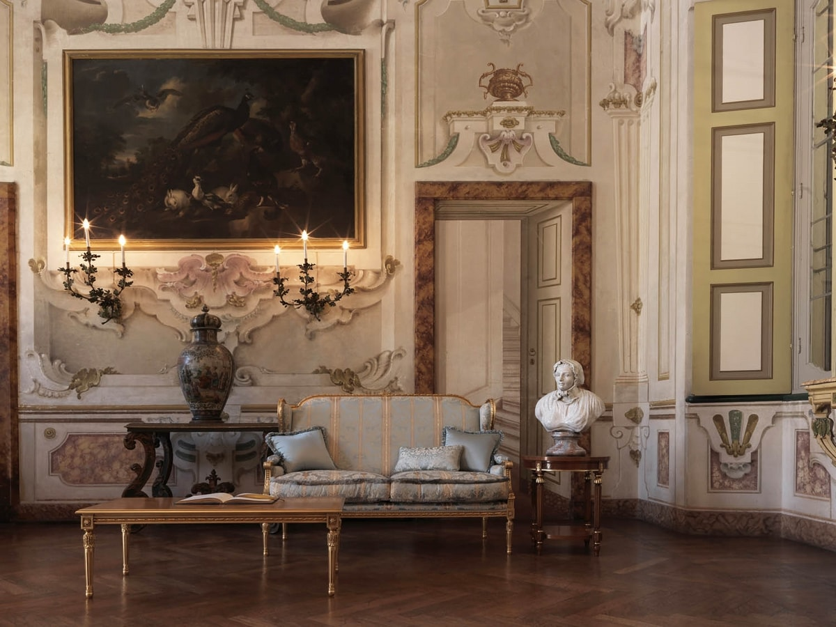 Creola sofa, Carved sofa, with a luxurious style