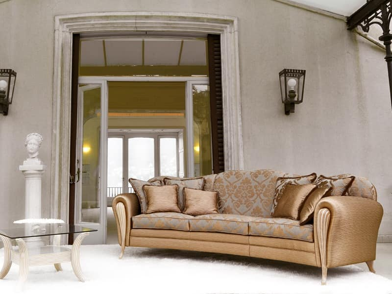 Ikarus Ring, Luxury sofa, decapè armrests, for Hall hotel