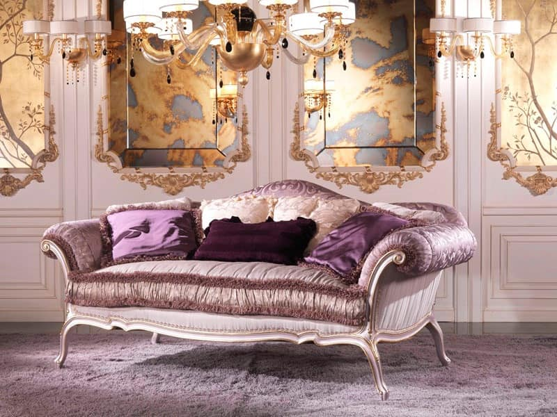 Julia, Luxury sofa covered in feather, in lilac-colored wood