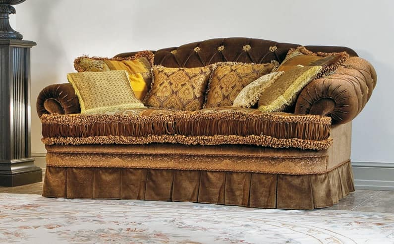 Napoleon, Sofa with tufted back, velvety coating