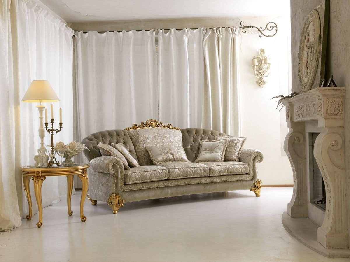 Ninfea, Classic 3-seat sofa, carving with gold leaf finish