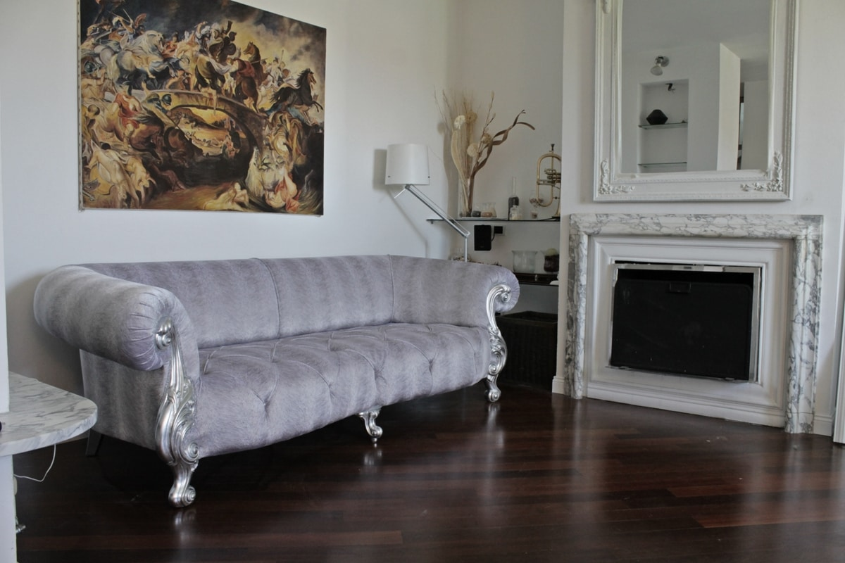 Oceano, New baroque sofa with tufted padding
