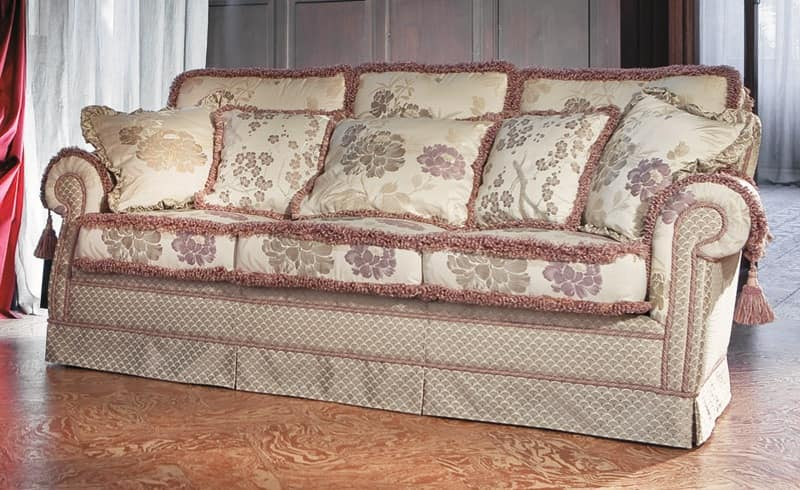 Pamela, Classic luxury sofa for living room