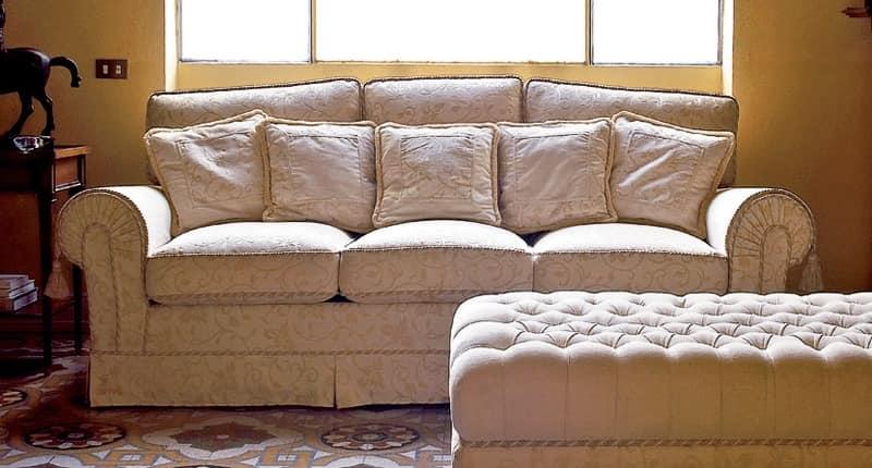 Principe, Classic sofa, for luxury living rooms