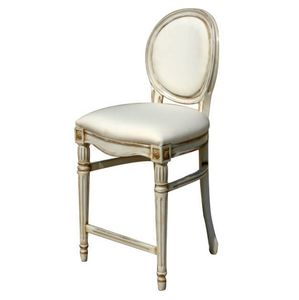 Agra LU.0973, Carved stool with padded seat and backrest