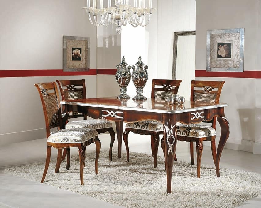 Art. 730, Rectangular extensible table with silver leaf decorations