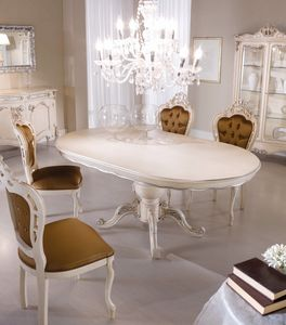 Chippendale oval table lacquered, Oval dining table