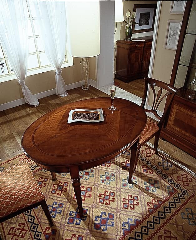 D 308, Oval table, cherry wood, extendable, with smooth top