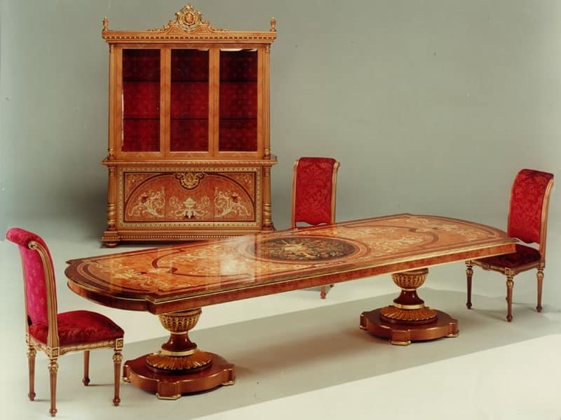 F500 Table, Table in solid hand-carved wood, for Stays